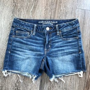 "American eagle ""shortie"""